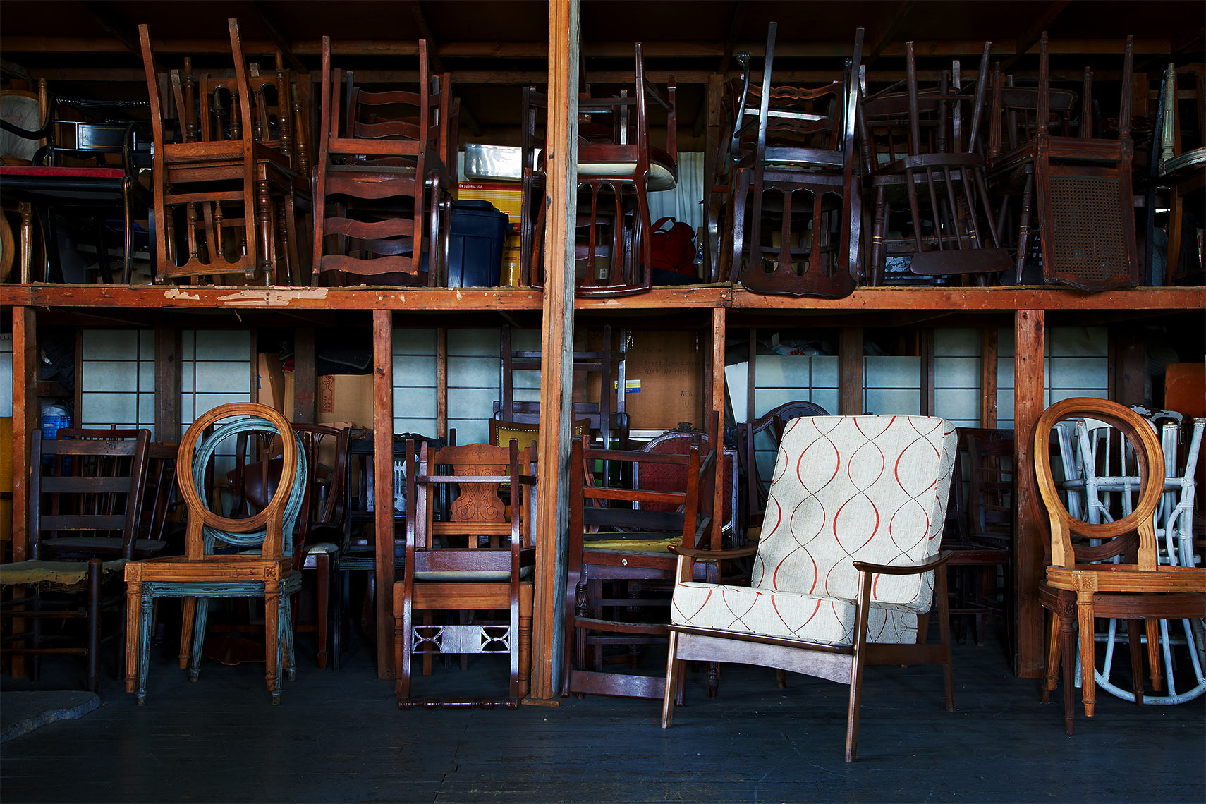 2013-0802_brimfield-chair-037