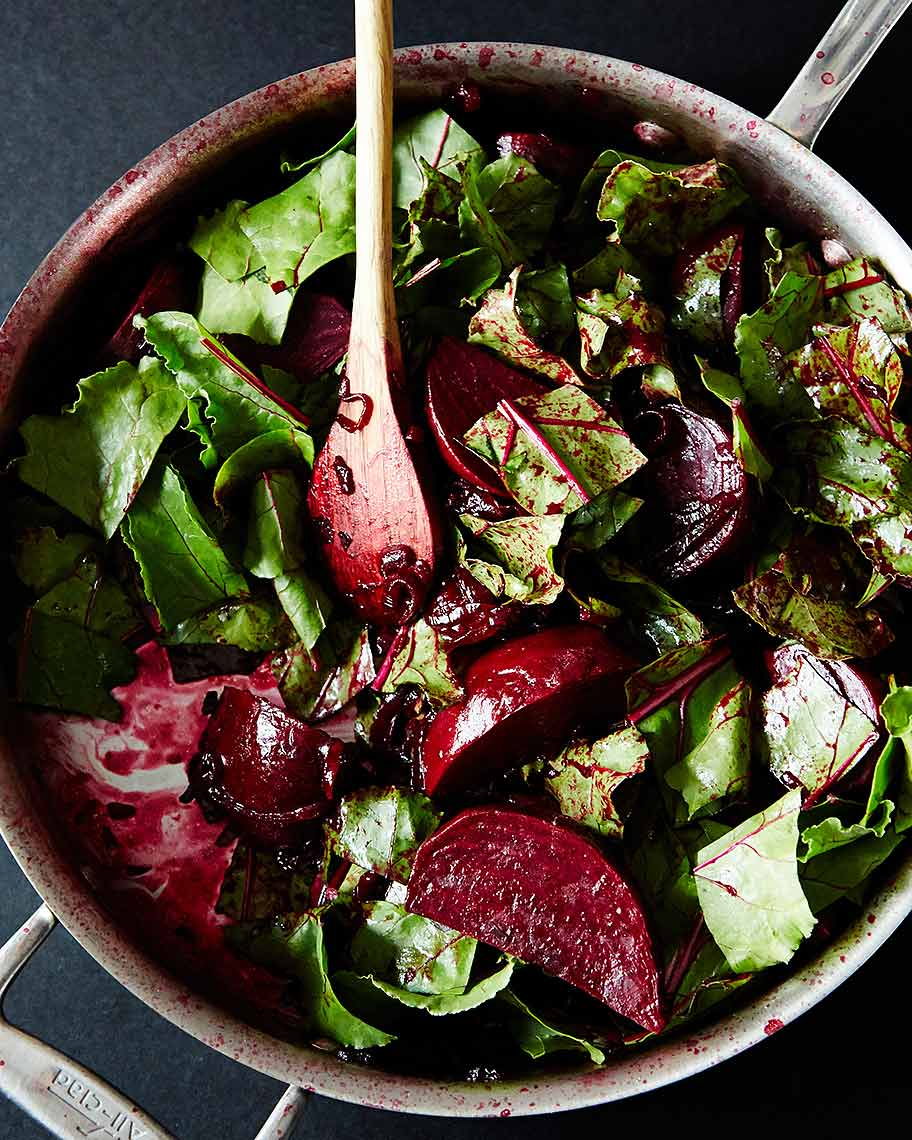 2014-0509_balsamic-beets-and-greens-087