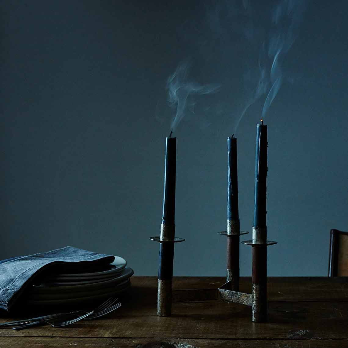 2016-0504_beehive-alchemy_black-taper-candles_mid_james-ransom-035