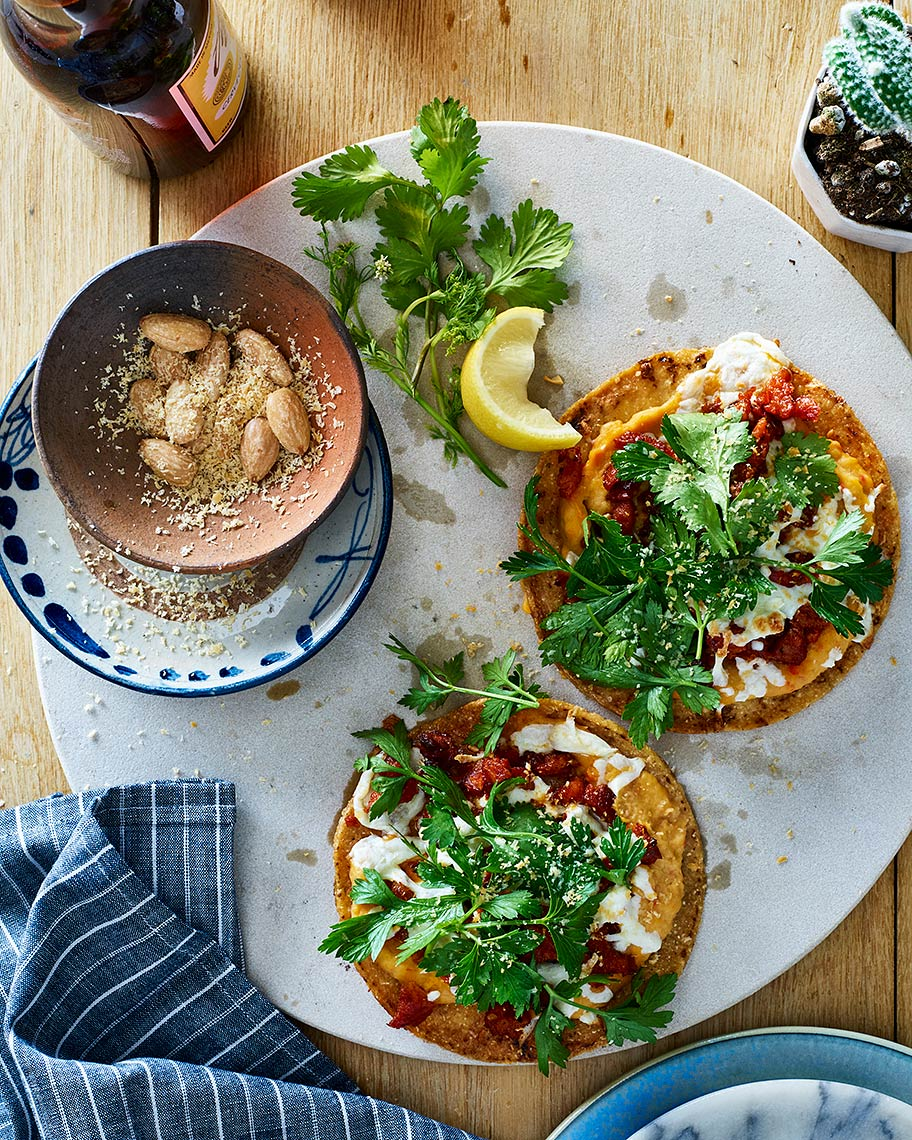 chorizo-herb-and-white-bean-tostada_138