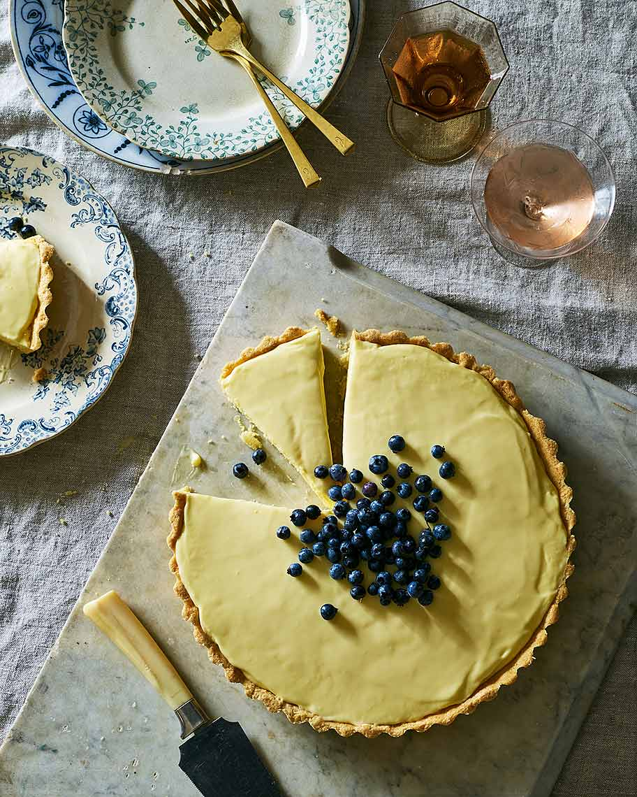 french-lemon-cream-tart_genius-desserts-580